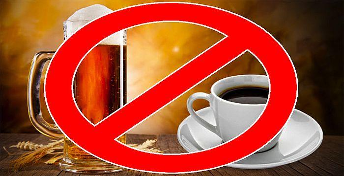 No tomar café y alcohol al mismo tiempo